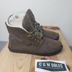 Tom's Highland Chukka Boots Fleece Brown